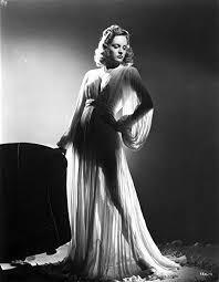 Amazon.com: Alexis Smith standing wearing a Silk Robe Photo Print (24 x  30): Posters & Prints