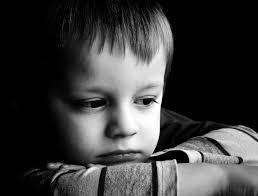 اطفال حزينه