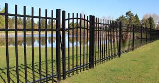 Fencing Aluminum Fencing Peak Products Canada