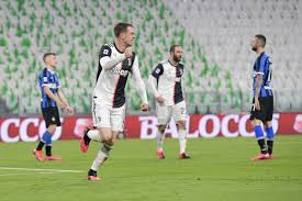 Juve rise to sink Inter in Derby d'Italia - Black & White & Read ...