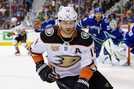The Anaheim Ducks Should Keep Adam Henrique
