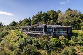 BYRON HILL - Houses for Rent in Raglan, Waikato, New Zealand