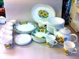 sunflower dinnerware set