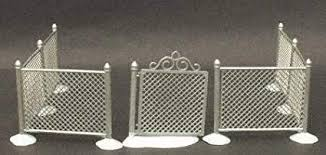 Amazon Com Baby Cakes Department 56 Village Accessory Chain Link Fence With Gate Home Kitchen