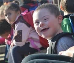 CES preschool students pick pumpkins - Campbellsville Elementary School