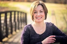 Lori Hayes | A Good Change
