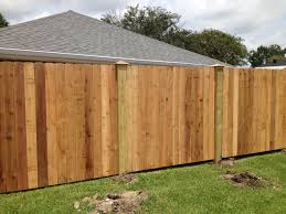 Pretty Nice Privacy Fence With Wood Posts Copper Caps Wood Fence Design Fence Design Wood Post