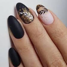 Pin by Melody Bowman on man1 | Gold nail designs, Nail designs, Gold nails
