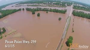 Comparing the Two Major Red River Flood Events of 2015 at Pecan ...