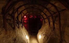 Антониевы пещеры - Достопримечательности - Anga Travel