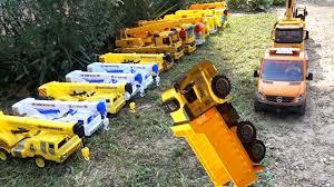 Ô tô cần cẩu cứu máy xúc, đồ chơi ô tô, nhạc thiếu nhi - crane truck,  excavator, car toys, kid music - YouTube