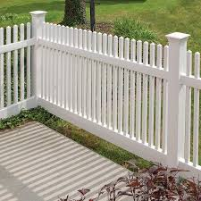 Freedom Ready To Assemble Kewsick Straight 4 Ft H X 8 Ft W White Vinyl Fence Panel In The Vinyl Fence Panels Department At Lowes Com