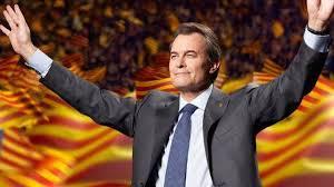 No estaba muerto, estaba de parranda....Vuelve Artur Mas, el ...