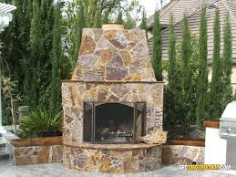 outdoor fireplace in folspt construction