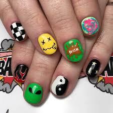 eye catching nail art designs for short