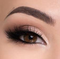 y and eye catching eye makeup