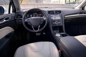 2018 ford fusion sedan photos
