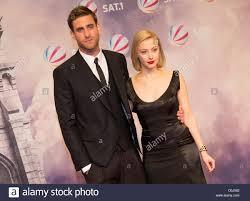 Actors Oliver Jackson-Cohen and Sarah Gadon attend the premiere of ...