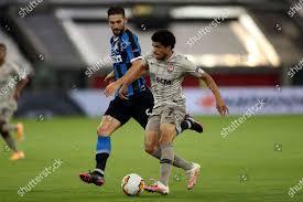 Roberto Gagliardini Inter L action against Taison Editorial Stock ...