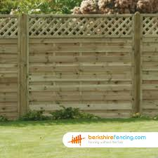 Horizontal Lattice Top Fence Panels 3ft X 6ft Natural Berkshire Fencing