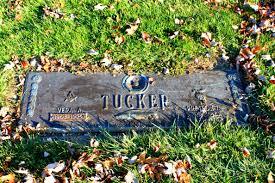 File:Preston Tucker Grave Marker Michigan Memorial Park Flat Rock  Michigan.JPG - Wikimedia Commons