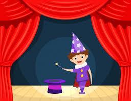 Joven mago en el escenario. actuación infantil. un pequeño actor ...