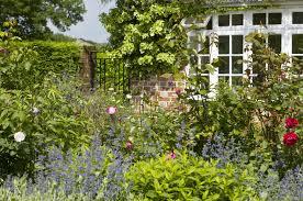 cottage garden the wow factor