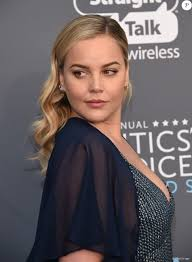 Abbie Cornish lors des 23ème Critics Choice Awards au Barker Hangar à Los  Angeles, le 11 janvier 2018. © Chris Delmas/Bestimage - Purepeople