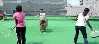 経験豊富なスタッフが指導 | レックテニススクール府中校