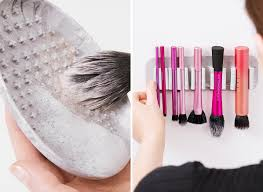 4 tools that keep makeup brushes clean