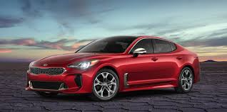2020 Kia Stinger GT-Line Is a Sportier-Looking Base Model