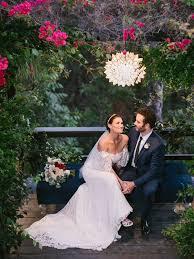 Frozen' Star Idina Menzel Marries Aaron Lohr In 'Magical' Ceremony ...