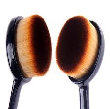 makeup brush foundation blend beauty