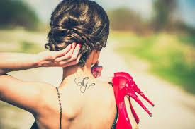 Tatuaze Damskie Na Karku Wp Kobieta