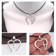 heart pendant black leather choker