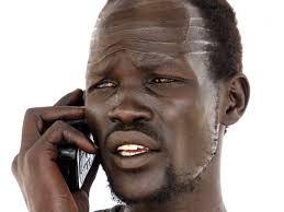 صور جنوب السودان لديك ثلاث دقائق فقط على الهاتف بمن ستتصل