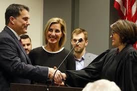Valpo's new mayor sworn in, pledges to strengthen neighborhoods ...