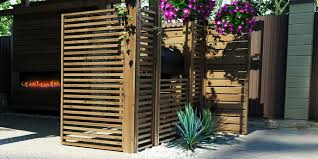 7 inexpensive backyard privacy ideas