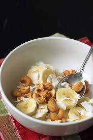 banana salad with cashews and coconut