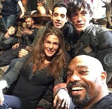 abby, jackson, and pike resmi   The 100 cast, The 100 characters ...