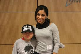 Katlynn Simone Smith Visits CHOC Children's Hospital - Celebrity ...