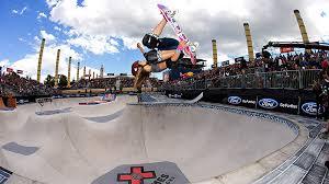 espnW -- Alana Smith blurs lines between genders in skateboarding