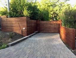 Top 60 Best Front Yard Fence Ideas Outdoor Barrier Designs In 2020 Modern Fence Modern Fence Design Fence Design