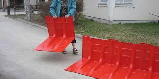 flood defense barrier