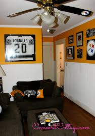 Pittsburgh Steelers Family Room Steelers Decor Football Room Concordcottage Com Football Rooms Steelers Bedroom Family Room