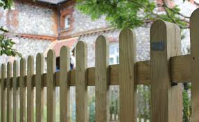 garden fence ideas 13 looks to suit