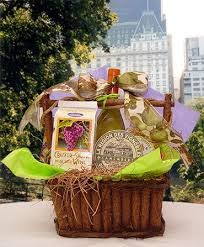 wine cheese gift basket delivery new