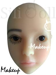 doll makeup removal