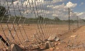 Watch The Shocking State Of The Sa Zim Border Fence Video