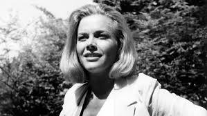 Honor Blackman Delighted in Saying Her 'Goldfinger' Character's ...